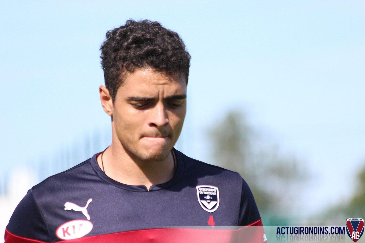 Tiago Ilori (gros plan)