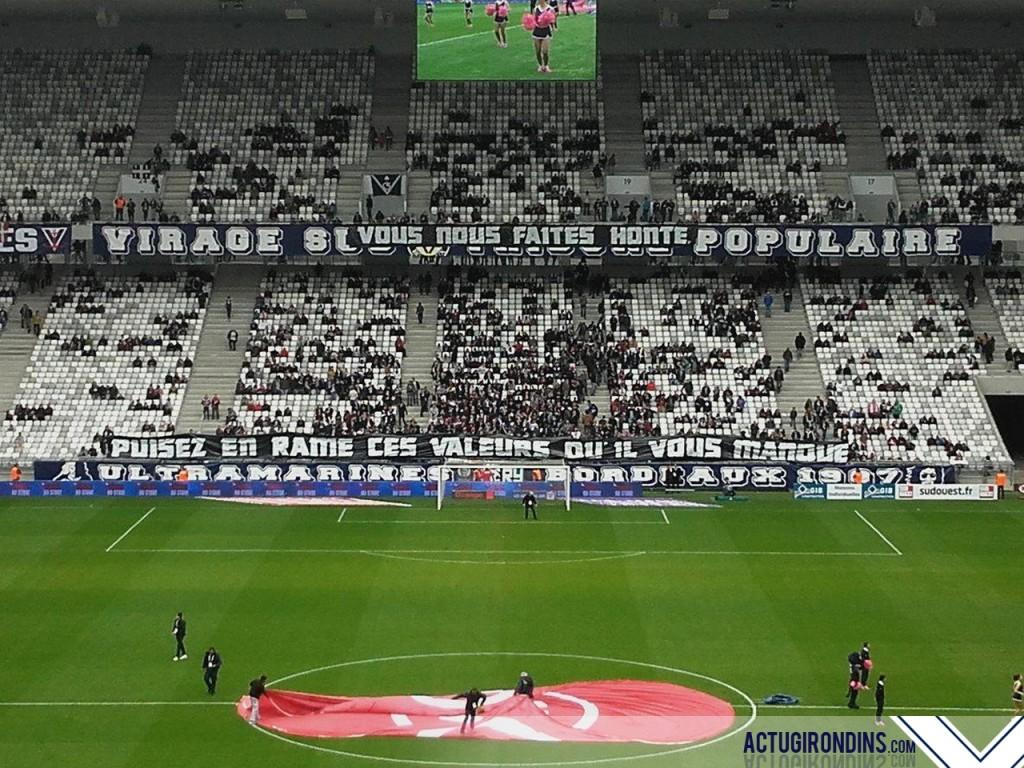 """Banderole """"Vous nous faites honte, puisez en Ramé ces valeurs qu'il nous manque"""" - Bastia, 20/03/16 (photo Nils)"""