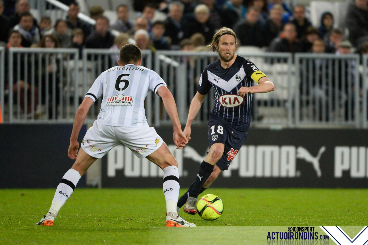 Bordeaux v Angers - French Ligue 1